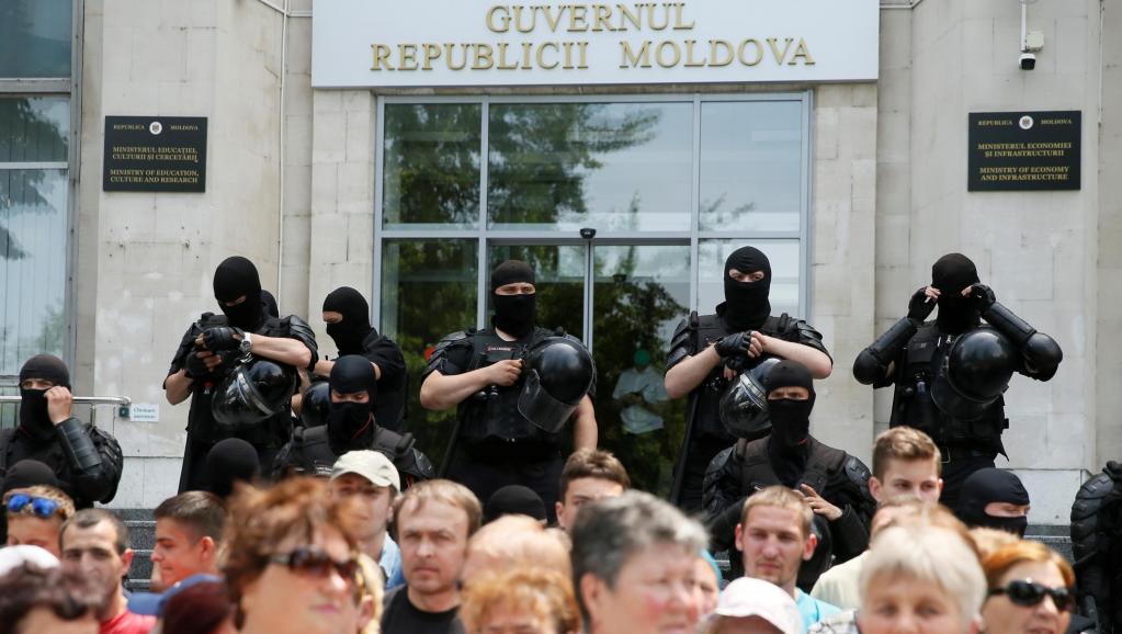 Все что надо знать о двоевластии в Молдове. Рассказывает NewsMaker