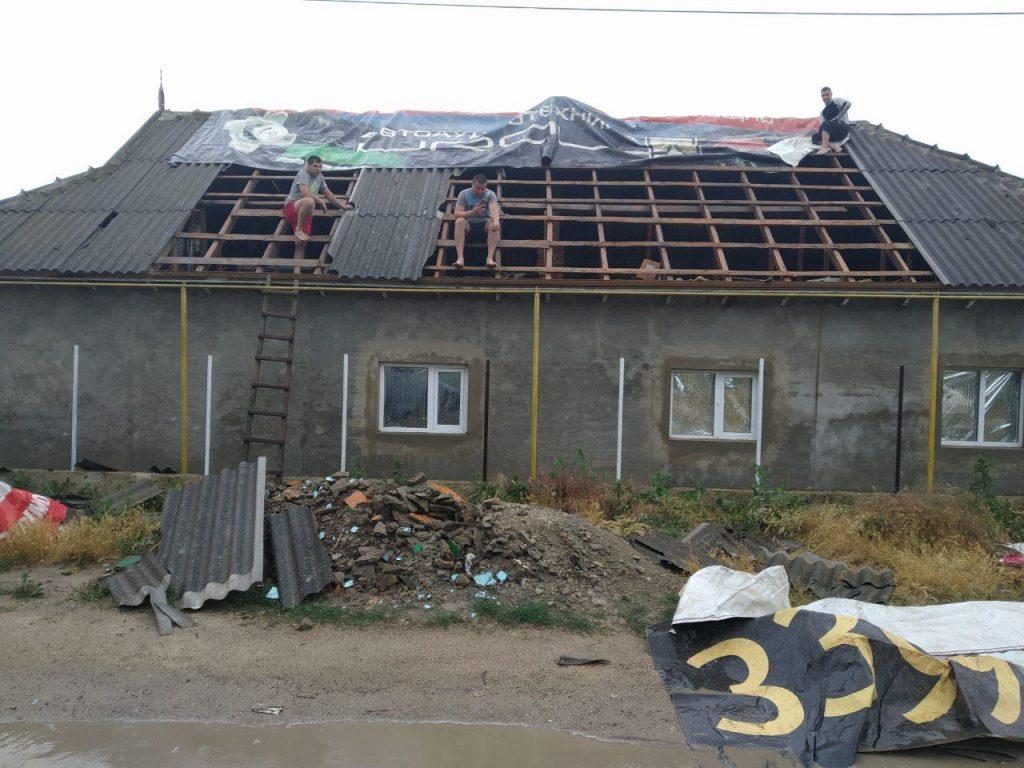 Последствия ветра и ливня в Тараклии. В трех фото
